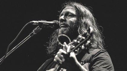 """El músico Omar Giammarco presenció la actuación de Kong en La Rural: """"Un espectáculo muy berreta"""", lapidó. Pero le hizo una canción"""