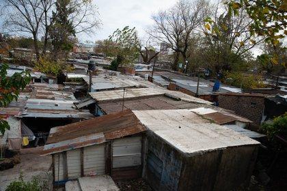 En Villa Azul viven unas 5.000 personas, el 75% de estas del lado de Quilmes