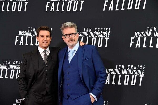 """Tom Cruise y Christopher McQuarrie en el estreno de """"Misión: imposible Fallout"""" (Reuters/ Mike Theiler)"""