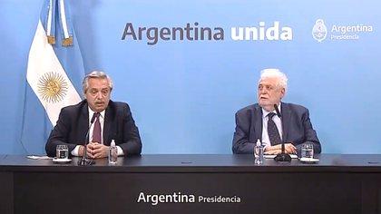 Alberto Fernández y su ministro de Salud, Ginés González Garcia
