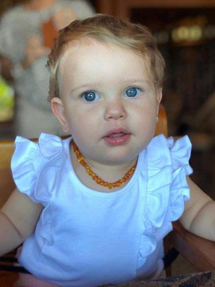 La foto que publicó Vicuña de su hija más chica