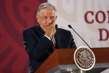 CIUDAD DE MÉXICO, 07MAYO2019.- Andrés Manuel López Obrador, presidente de México, durante su conferencia matutina para responder dudas de los medios de comunicación, entre los que han destacado la estrategia para combatir el sargazo (Foto: Galo Cañas/Cuartoscuro)