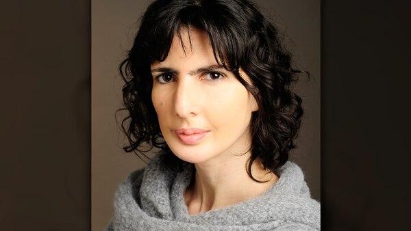 La escritora y periodista Josefina Licitra, referente de la crónica en Argentina, es una de las integrantes del Jurado de notables del premio