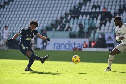 En el partido de la Juventus frente al Bolonia, Cuadrado remató al arco en el minuto 59'.