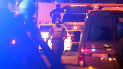Agentes del Sebin, durante el secuestro de Edgar Zambrano (EFE/ Miguel Gutiérrez)