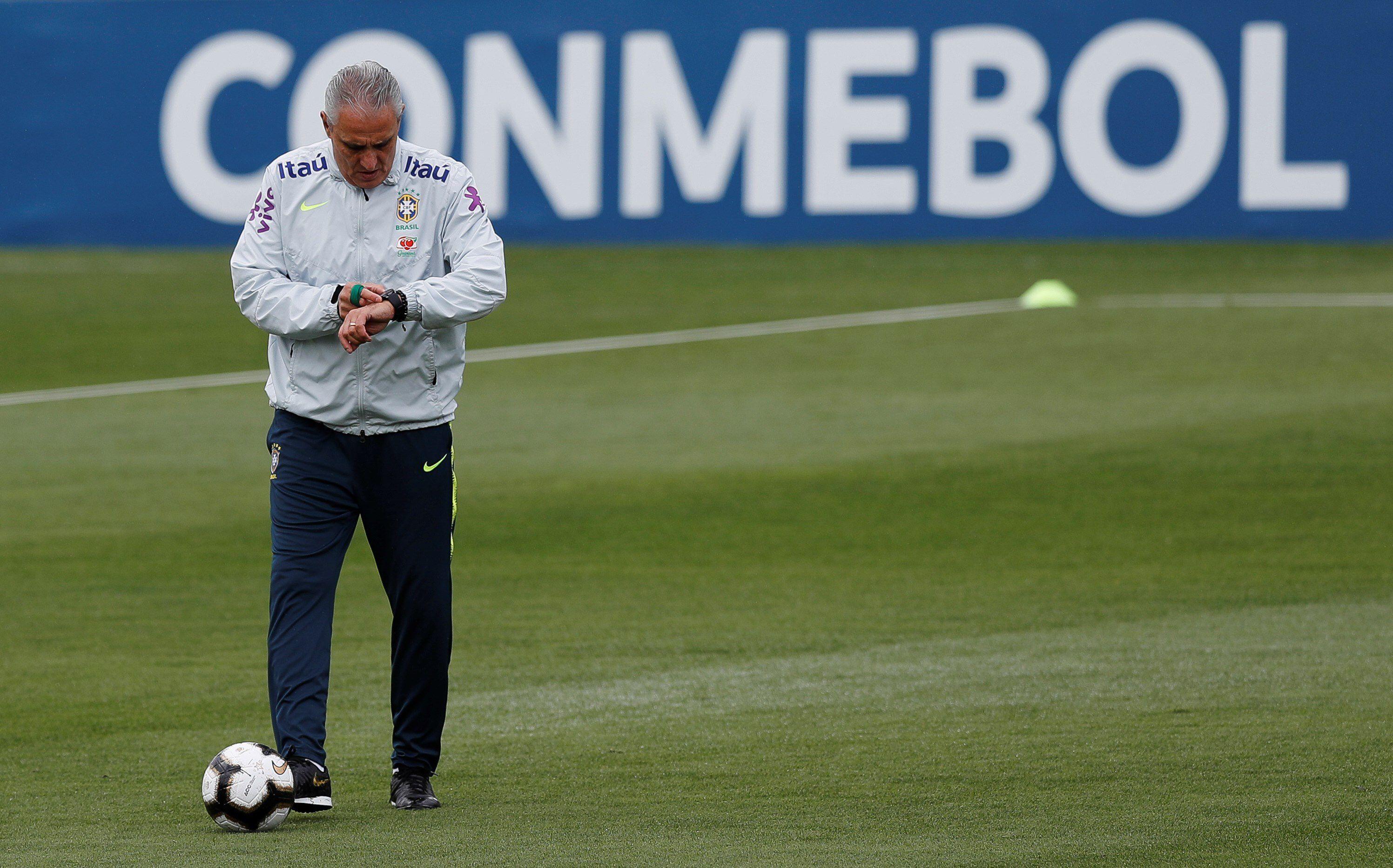 Tité, entrenador de Brasil (EFE/Antonio Lacerda/Archivo)