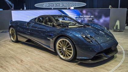 El Pagani Huayra Roadster, una creación del argentino Horacio Pagani, fue una de las estrellas de la cita
