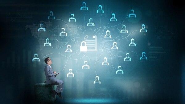 Las tecnologías de Blockchain se ofrecen en servicios financieros, gobierno, energía, transporte, salud, químicos y petróleo, medios y entretenimiento, cadena de suministros, entre otros (iStock)