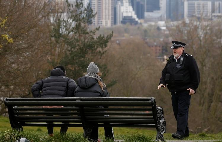 Los británicos tienen permitido una hora de actividad física al aire libre (Reuters)