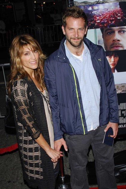 Jennifer Espositoy Bradley Cooper