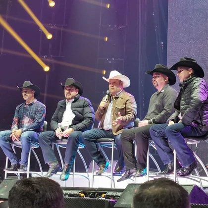 La agrupación formará parte del homenaje por los 40 años del grupo Invasores de Nuevo León (Foto: Instagram @grupopesado)