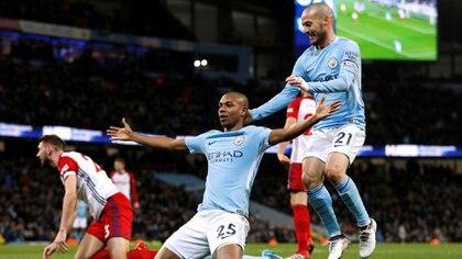 El Manchester City apuro el fichaje de Fernandinho al descubrir que la base de datos de sus ojeadores era espiada (REUTERS)
