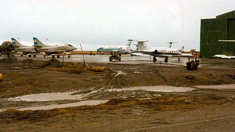 """Base Aeronaval """"Almirante Hermes Quijada"""" en Río Grande, Tierra del Fuego, durante la guerra"""