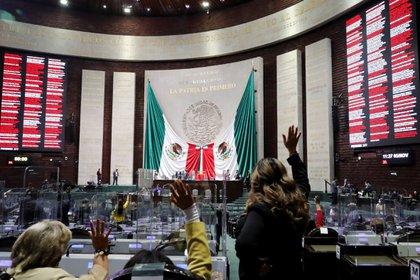 Fotografía general del pleno de la Cámara de Diputados de México hoy, en Ciudad de México (México). EFE/ Cámara De Diputados SOLO USO EDITORIAL NO VENTAS