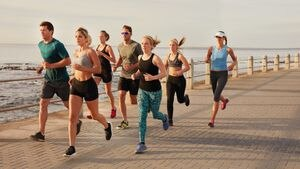 Actividad física y COVID-19: por qué ser una persona activa resulta una buena defensa para hacerle frente a la cara más grave del virus