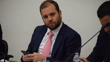 """Niegan demanda que pedía """"muerte política"""" al congresista Enrique Cabrales Baquero"""