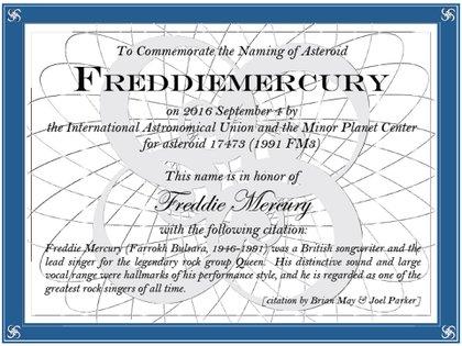 El certificado en el que consta que el asteroide 17473 pasará a llamarse Freddiemercury, en homenaje al músico