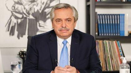 El presidente avaló inicialmente el despido de Basualdo, pero después recalculó alegando desprolijidad en el proceder de Guzmán