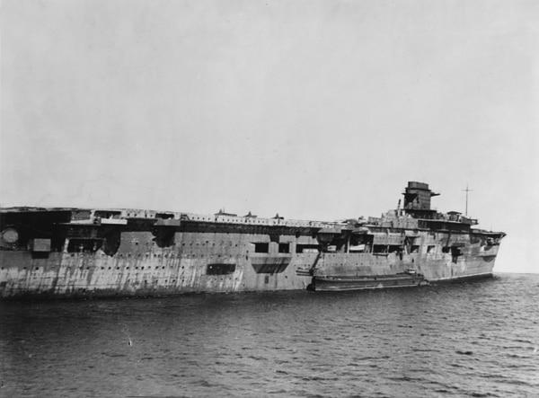 El portaaviones en 1947, poco antes de ser hundido por los soviéticos