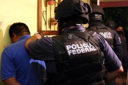 Les aseguraron armas de fuego de uso exclusivo del Ejército mexicano y granadas de fragmentación (Foto: Cuartoscuro)