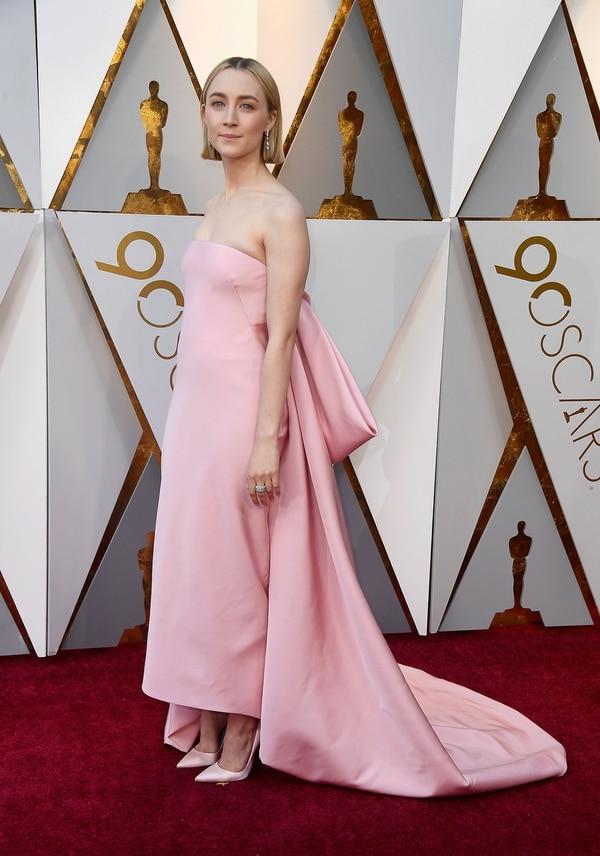 Estilos en los Oscar 2018: vestidos voluptuosos y moños de diseño ...