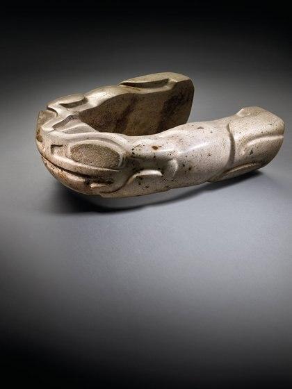 JOUG VERACRUZ, APROX 450-650 d. C. Precio estimado: EUR 60,000 - EUR 90,000.