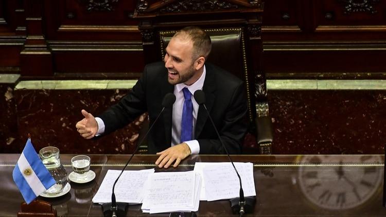 La sesión especial en la que el ministro de Economía de la Nación, Martín Guzmán, brindó su informe sobre la renegociación de la deuda pública externa (María Candelaria Lagos/Télam)