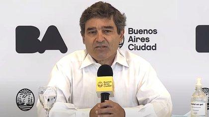 Quirós confirmó 509 casos y 15 muertes en las últimas 24 horas