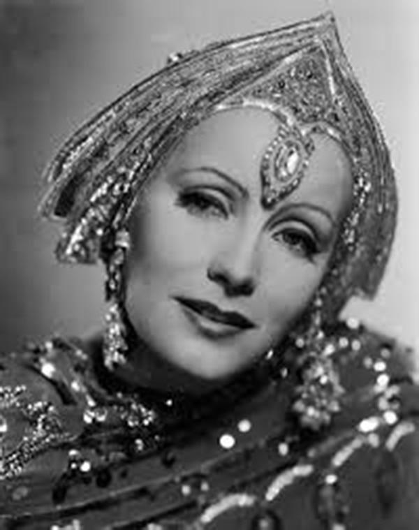 Mata-Hari fue representada varias veces en el cine. Aquí, por Greta Garbo