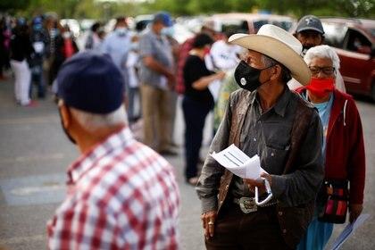 La Secretaría de Salud dio a conocer la actualización diaria de cifras de COVID-19 en México (Foto: Reuters / Jose Luis Gonzalez)