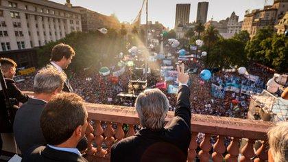 Alberto Fernández en la terraza de la Casa Rosada