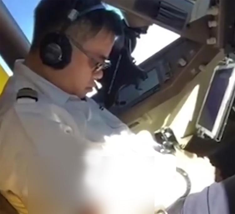 El piloto fue filmado por su copiloto