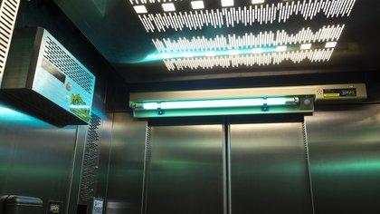 Así funciona el sistema sanitizante en ascensores (Servas)
