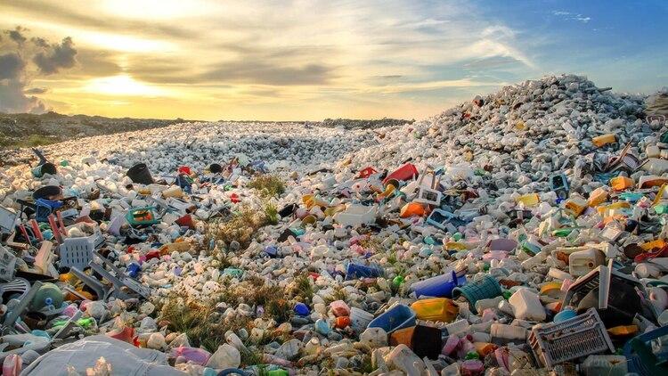 Vista desde una isla de plástico en el Pacífico (ONG Ocean Society)