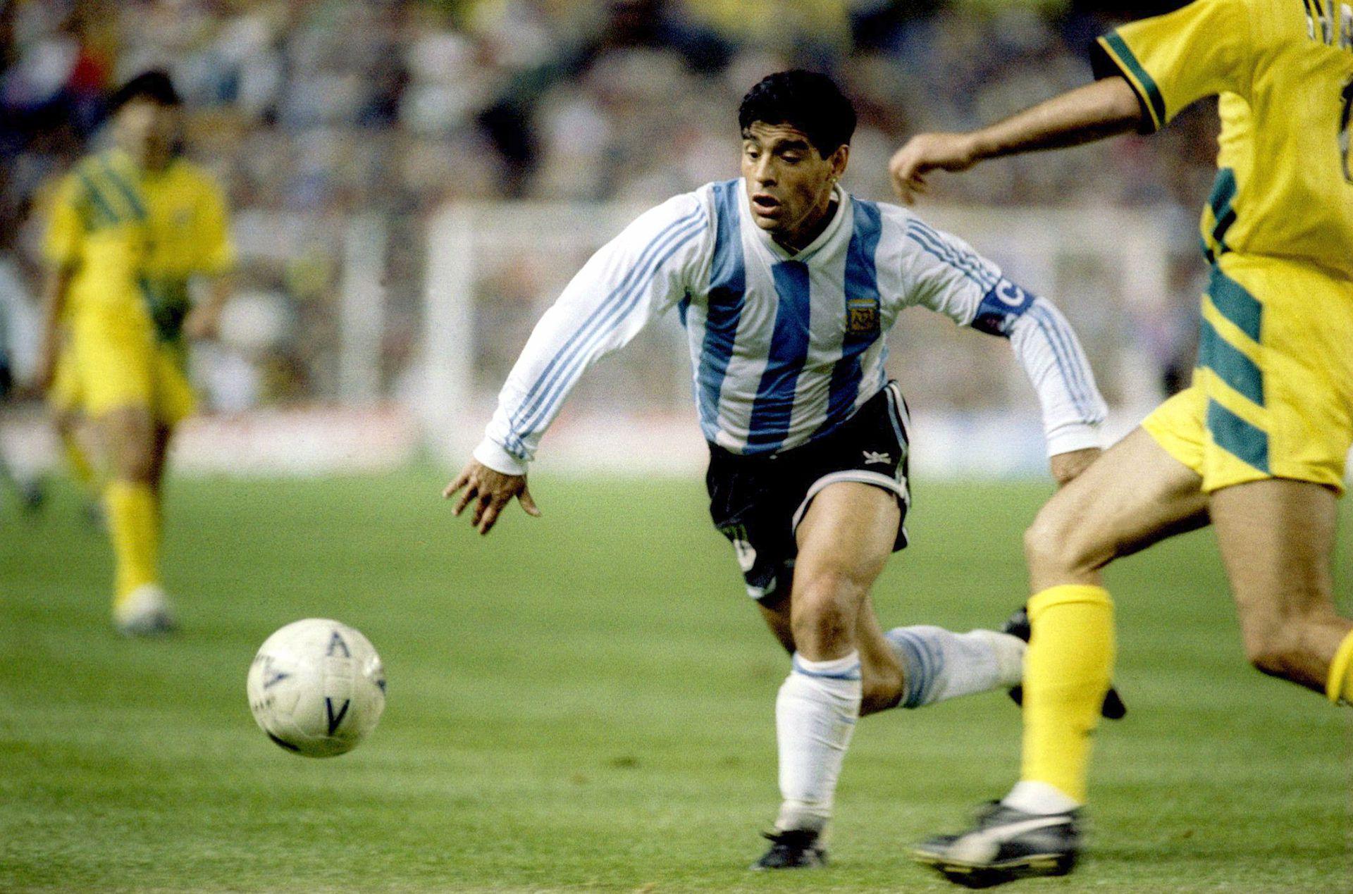 En 1993, Maradona volvió a la Selección para disputar el repechaje ante Australia (Foto All Sport)