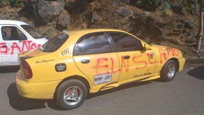 El ELN marca vehículos y amenaza a los colombianos que intenten circular