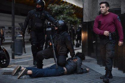 Según fuentes policiales son 9 los detenidos, sólo uno de ellos de nacionalidad chilena