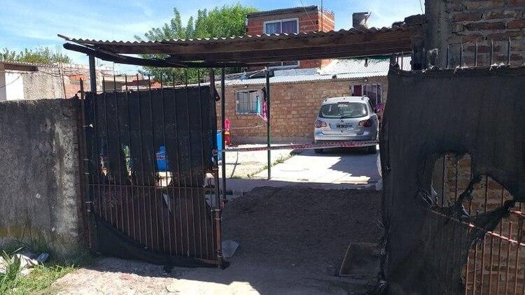 La mujer atropelló a sus tres hijos, uno de los cuales terminó muriendo.