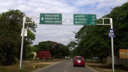 La vía hacia Banco Largo