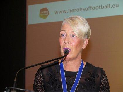 Karin Blankenstein, hermana de John, es la presidenta de la Fundación que continúa el legado del árbitro (Facebook John Blankenstein Foundation)