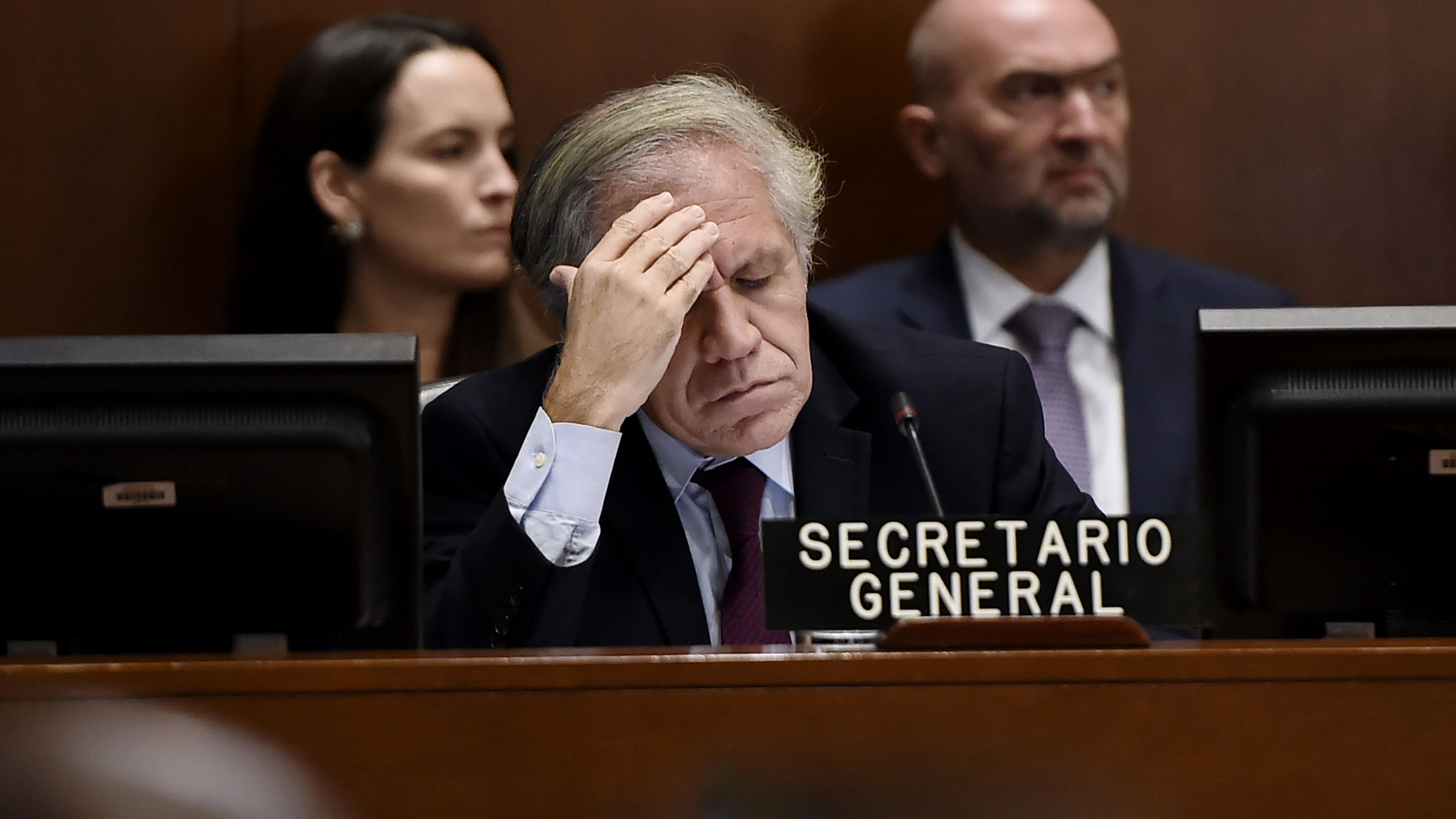 El secretario general de la OEA Luis Almagro (Photo by Olivier Douliery / AFP)