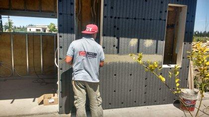 El montaje de materiales aislantes demanda entre 1 y 10 días de trabajo