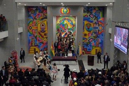 La fiesta de inauguración del nuevo edificio (Reuters)