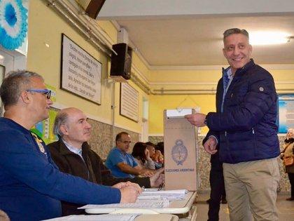 En las últimas PASO, Mariano Arcioni compartió en sus redes sociales una foto ejerciendo su voto en Chubut (Instagram)