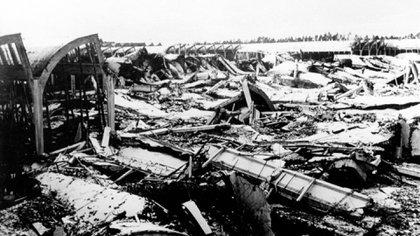 Parte de la planta de Wolfsburgo destruida por los bombardeos aliados en 1944. (Volkswagen)