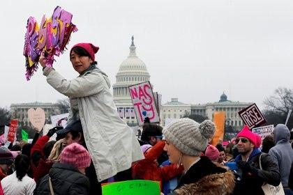 El Capitolio de fondo en la marcha en Washington(Reuters)