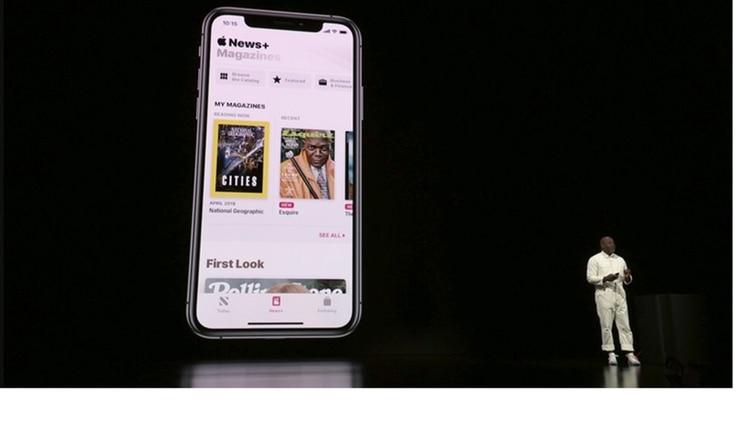 Apple News Plus integra suscripción a revistas y periódicos.