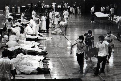 Los cuerpos de la tragedia del Beverly Hills Supper Club (Crédito: The Enquirer / Bob Lynn / USA Today Network / Sipa USA / Grosby Group)