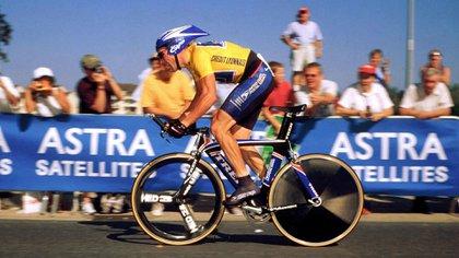 Armstrong fue acusado ahora de ocultar motores en sus bicicletas (Shutterstock)