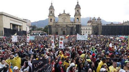 Este miércoles hay convocadas en todo el país marchas masivas y cese general de actividades en el marco de la huelga nacional.